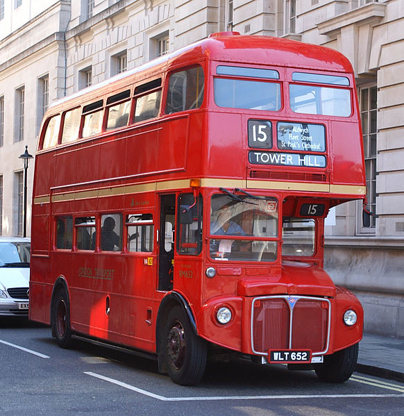 East_London_Routemaster_bus_RM652_WLT_652_heritage_route_15_Whitehall_5_August_2007_3.jpg