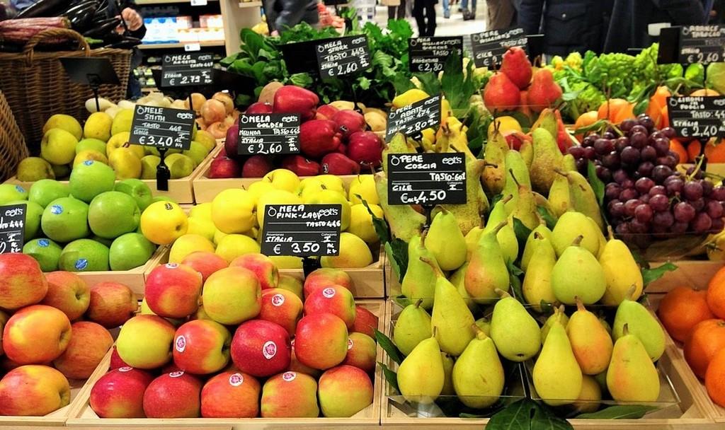 Banco-frutta-supermercato.jpg